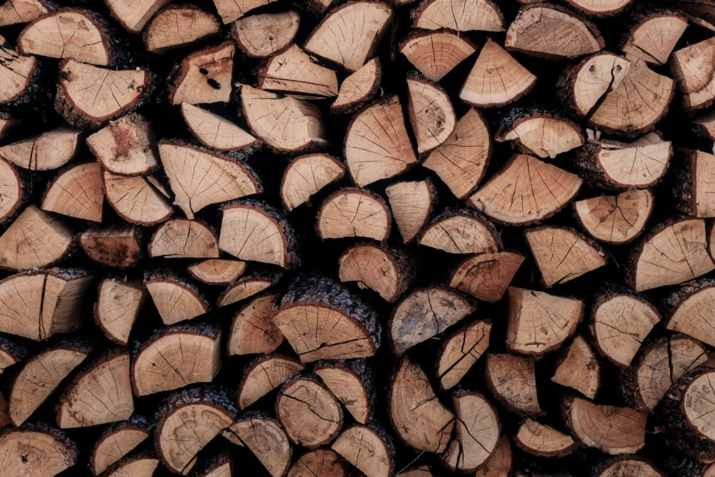 How Much Does a Cord of Wood Weigh